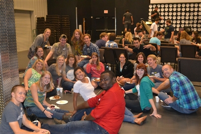 Students at Central Florida Wesley enjoy meal at University Carillon UMC