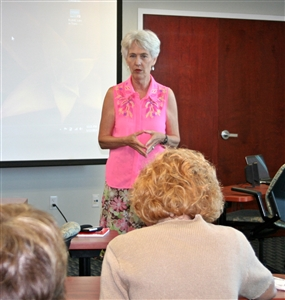 Rev. Connie DiLeo speaking to group at Florida UM Center
