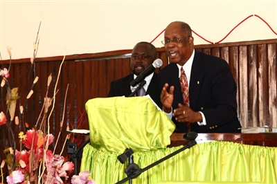 Rev. Dr. Walter Monroe preaches at Central Malange UMC