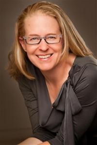 Heidi Aspinwall headshot