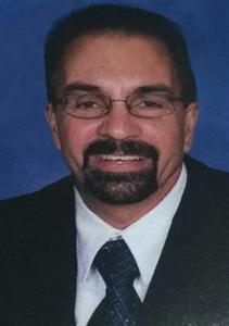 Gustavo Betancourt headshot