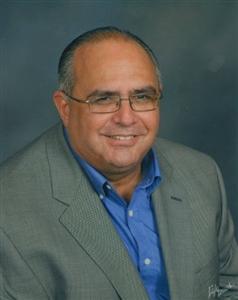 Rev. Rini Hernandez headshot