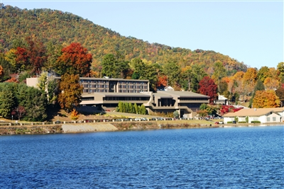 Terrace Hotel in autumn overlooking Lake Junaluska